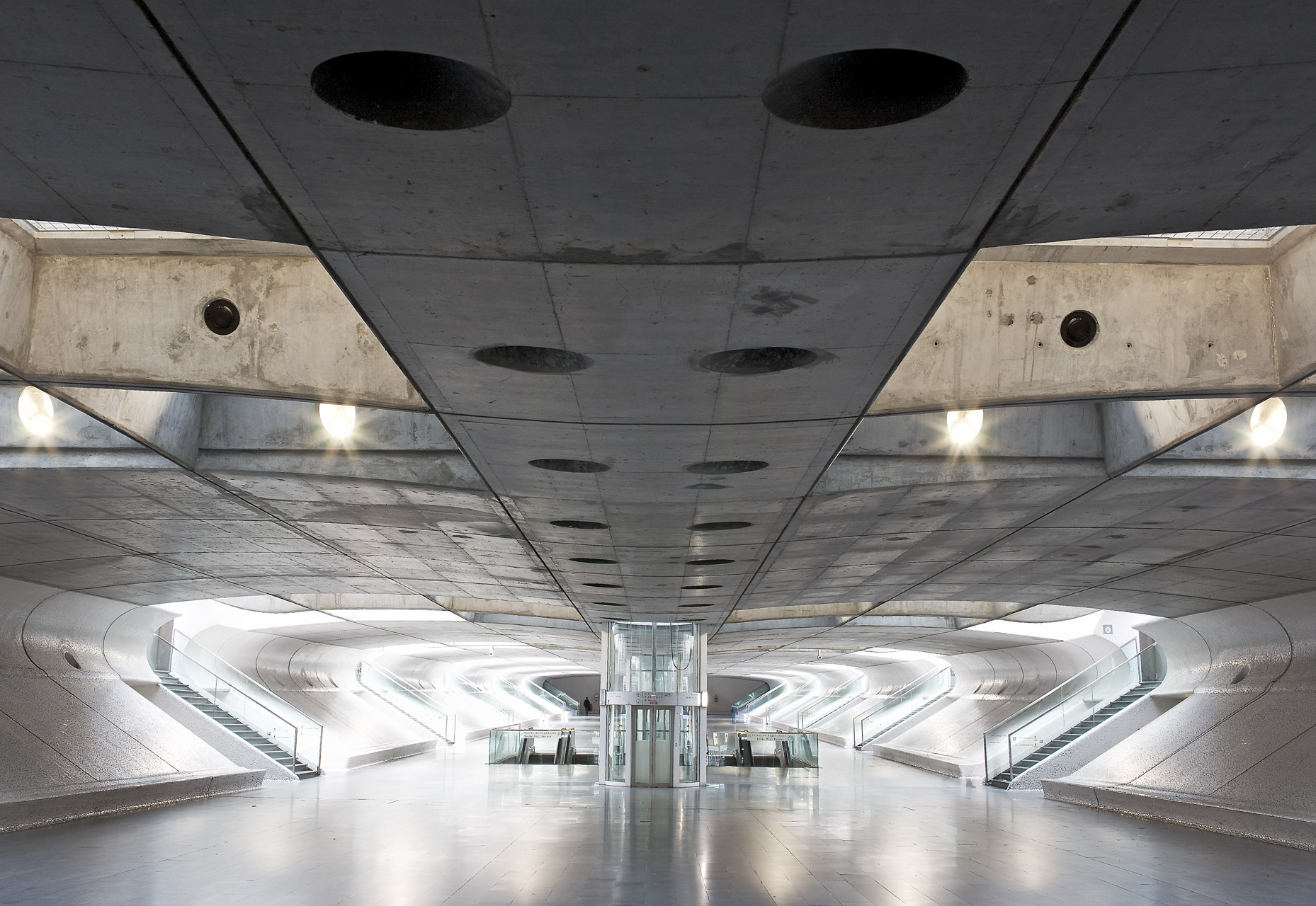 Station, Lisbon