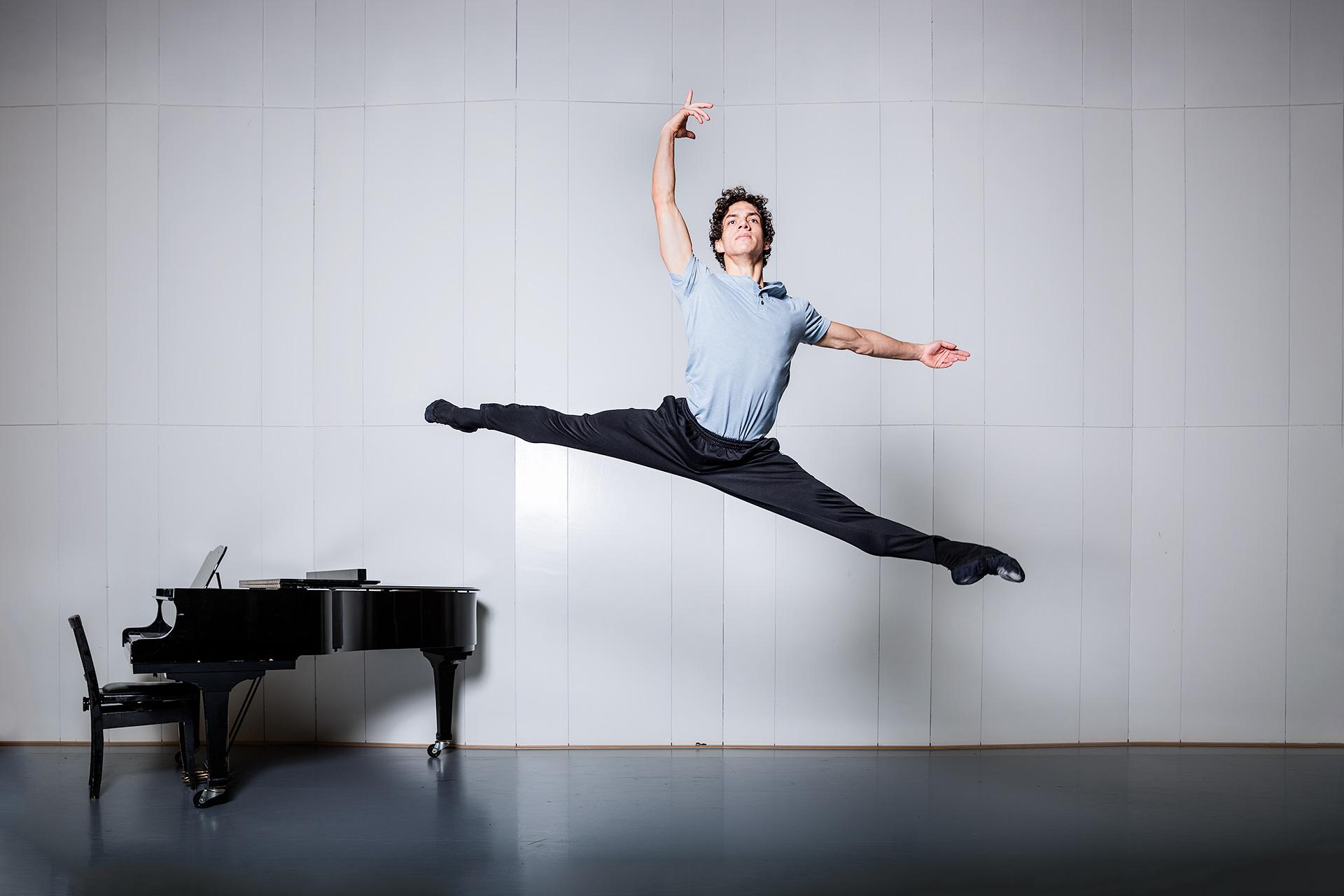Ballet dancer Isaac Hernandez, Dutch National Ballet, Amsterdam